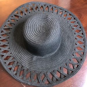 Black floppy hat from H&M
